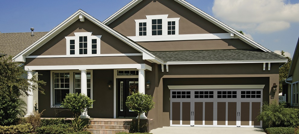 Quality clopay garage doors coachman collection in kansas for Clopay garage door colors