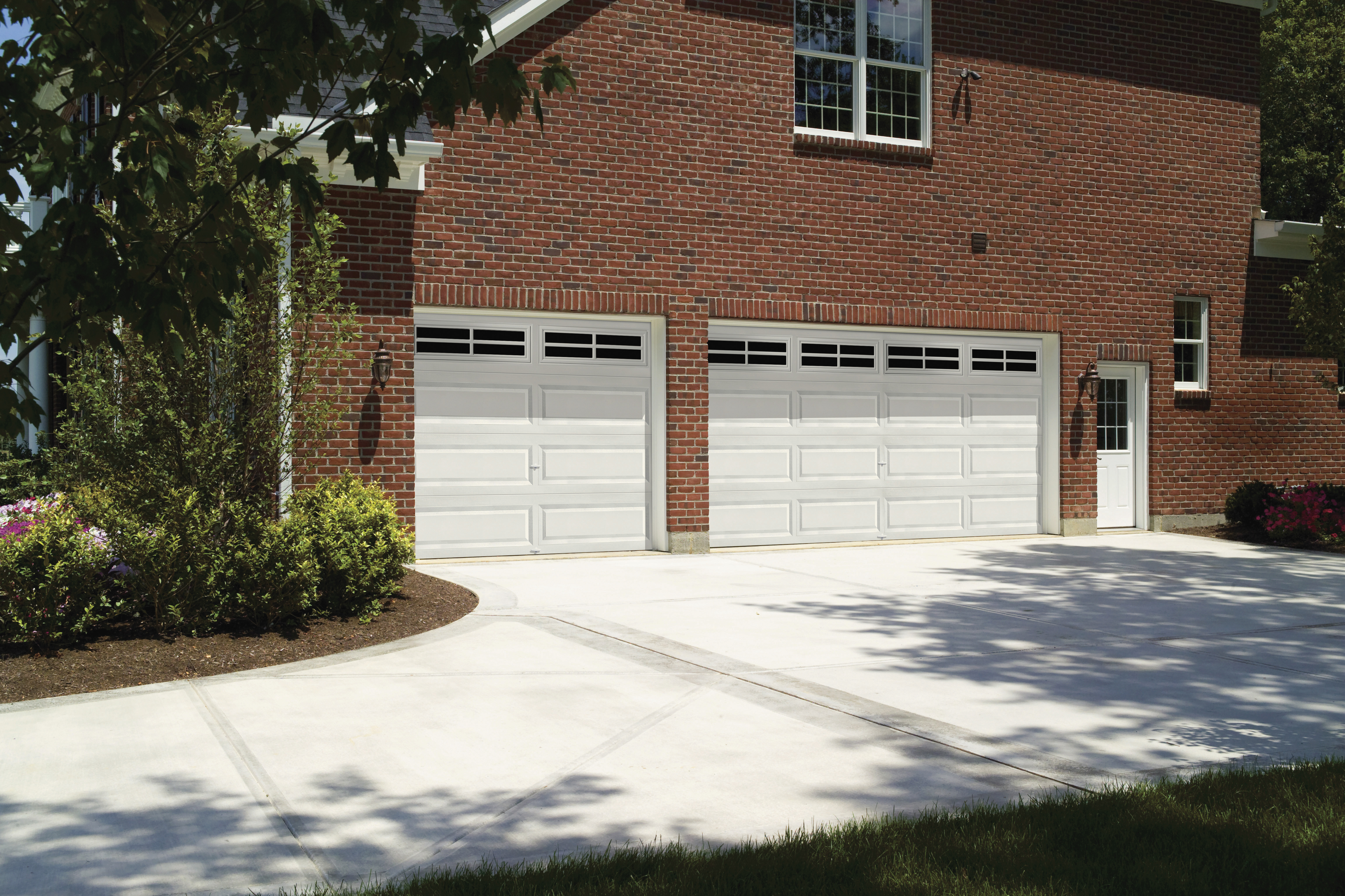 Raynor Garage Doors Of Kansas City S Photo Gallery See